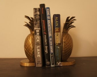 Vintage retro 60's 70's  Hollywood regency brass pineapple bookends
