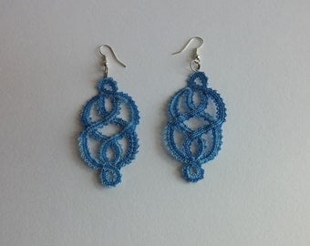 Earrings bobbin lace shaded blue