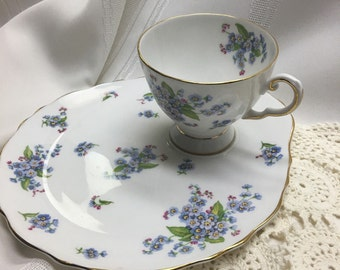 Royal Tuscan Fine English Bone China Luncheon/ Snack Plate with Teacup in a Lovely Forget-Me-Not Pattern