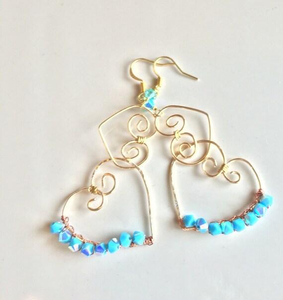 Hammered gold chandaliar heart earrings, gold dangle heart earrings, baby blue diamond chandaliar heart earrings, baby blue dangle earrings