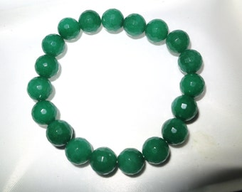 Lovely raw 10mm emerald knotted bracelet  7.5 inches
