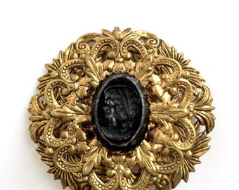 Vintage Round Shaped Black Cameo with Filigree