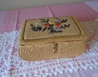 Vintage woven sewing basket raffia design