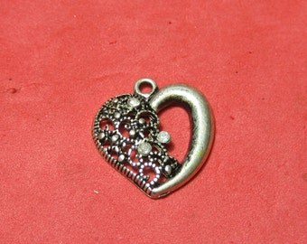 Vintage Silver  pendent Heart