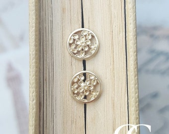 Delicate 9ct Yellow Gold Flower Filigree Stud Earrings 0.7cm