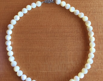 Vintage Mother of Pearl Necklace 1970's