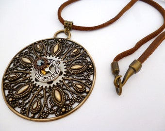 Large Steampunk Necklace_STN85420734_Steampunk Accessories_Necklaces_Large Round _Gift Ideas