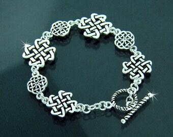 Pewter Celtic Love Knot Toggle Bracelet (#JPEW5587)