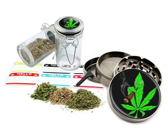 "Smoking Leaf - 2.5"" Zinc Alloy Grinder & 75ml Locking Top Glass Jar Combo Gift Set Item # G022015-006"