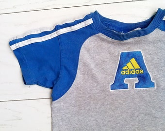 rare 80s ADIDAS boys T-shirt Cotton Top Logo Patch Blue and Yellow Size 18 - 24 months
