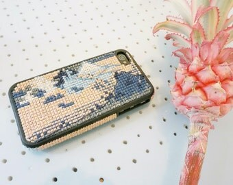IPhone case 4 embroidered hand