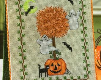 HALLOWEEN TOPIARY Pumpkin & Ghost  Cross Stitch Chart Pattern