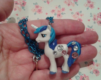 "ONLY 1 AVAILABLE! Sweet White/Blue Unicorn, Pony Necklace on 16"" Chain, Fairy Kei, Magical Girl"