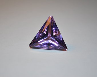 19.8 x 19.8 (21.04ct) Light/Medium Purple Triangle Amethyst Stone