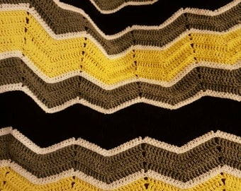 handmade crochet zigzag blanket, your choice of colors