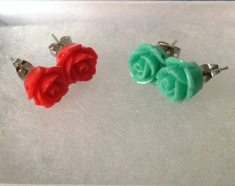 2 set of Floral Studs simple and fun gift idea.
