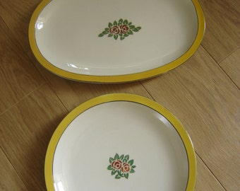 lot of 2 vintage dishes