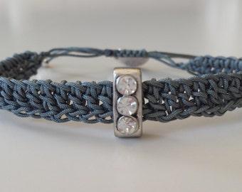 Crochet macrame bracelet and srass motif, grey crochet blacelet, beaded bracelet, macrame jewelry