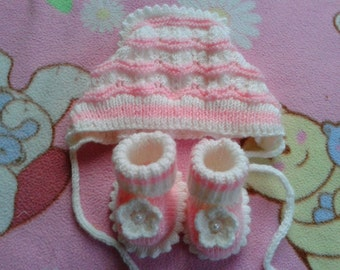 Knitted Baby Girl Bonnet and Booties for Newborn 0-3 Months, Babies