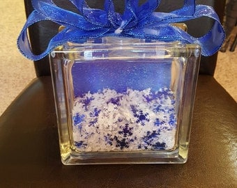 Snowflakes in a cube