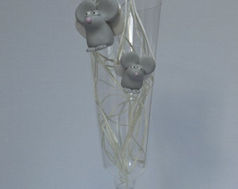 A Flying Mouse / Een Vliegende Muis (Necklaces)
