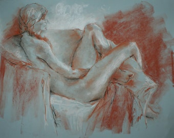 Elyse Short Pose 4
