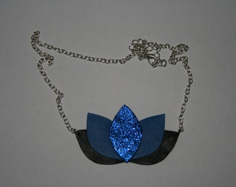 Collar lotus small leather flower model