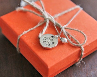 Personalised Pawprint Necklace for pet lovers