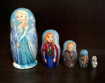 "Hand-painting nesting dolls ""Frozen"".Height 15 cm.  Wooden nesting dolls"