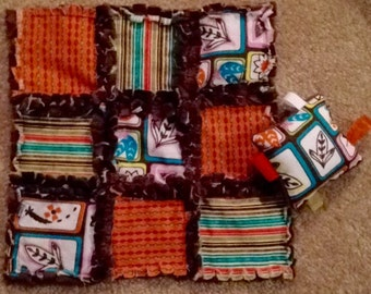 Rag quilt lovey with taggie pillow