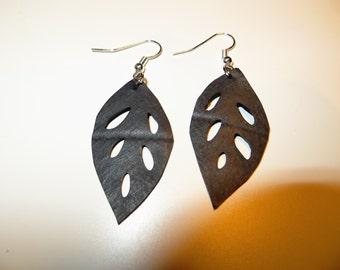 Earrings made from bike inner tube