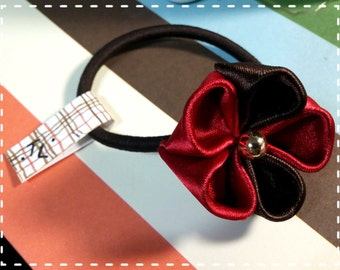 Japanese Kanzashi Flower Hair Tie (Red and Brown)