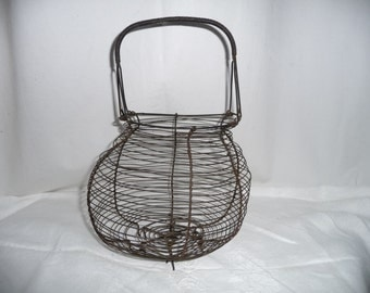 Former salad basket