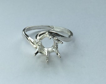 Sterling Silver Ladies Crescent Round Ring For Faceted Round Gem ( 4mm-11mm). 163- 265