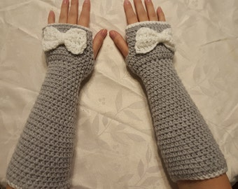 Adult Fingerless gloves with bow
