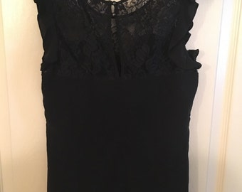 Black lace sweetheart top size small