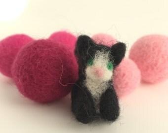 tiny cat, needle felted animal, needle felted cat, fiber sculpture, cute cat, miniature cat, black cat, gift, nursery art, made in canada