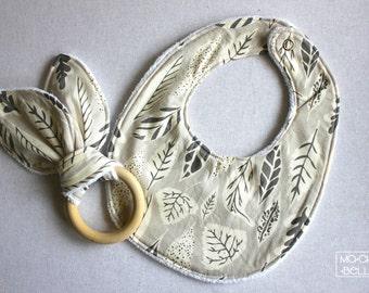 Round Baby Bib - Gender Neutral Leaves Pattern (100% Cotton)
