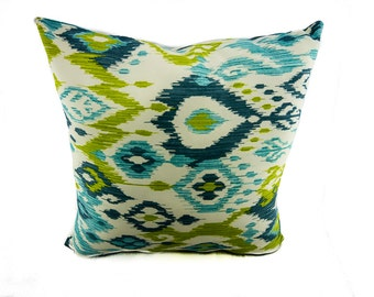 INDOOR/OUTDOOR Pillow, Turquois Envy Blue and Yellow Outdoor Fabric Pillow Cover. Swavelle Mill Creek Shedlack/Veranda Grasshopper