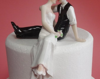 Wedding Cake Topper Love and Kiss