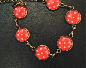 Bracelet red and white pea