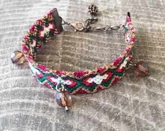 16mm Adjustable Bracelet - Holiday Twist