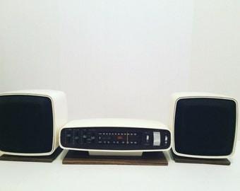 1970s Panasonic working space age am FM radio