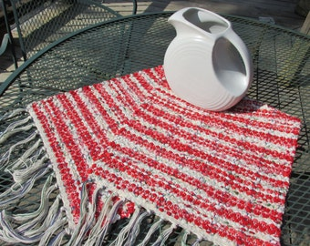 rag runner, rag rug, table runner, dresser scarf, hand woven, hand loomed, weaving, loom, red, white