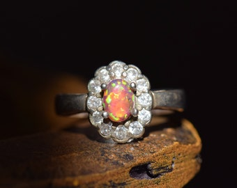 Red Opal With Gemstone Halo Vintage Silver 925 Ring, US Size 8.0, Used