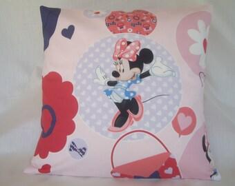 Pretty 'Minnie Mouse' cotton cushion cover.