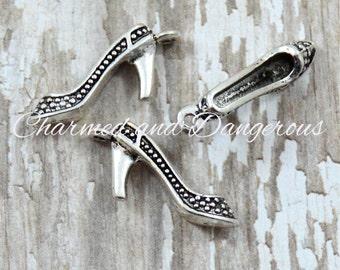 10 pewter High Heel charms (CM2)