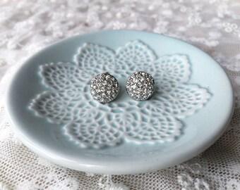 Round Stud earrings, Bridal earrings, Wedding earrings, Crystal Stud earrings, Bridal jewelry, Simple earrings