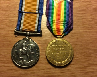 British World War 1 Medal Pair to Liverpool Regiment, low number
