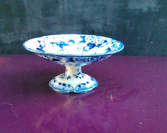 Top Mount MONTEREAU faience footed fruit bowl